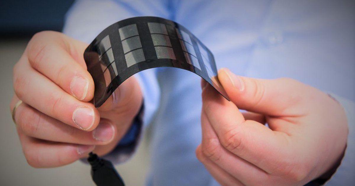 Flexible, perovskite solar cell